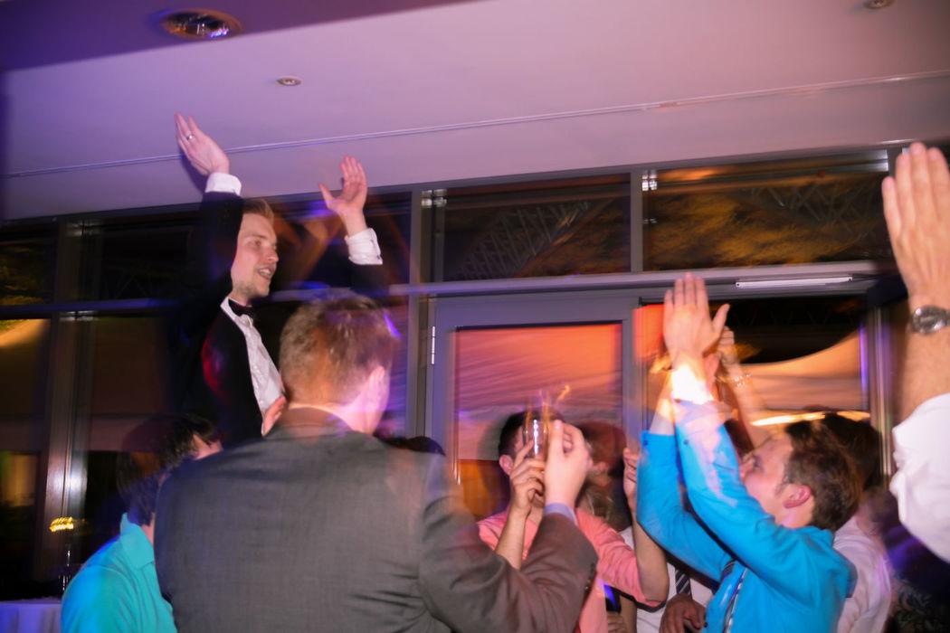 Beispiel: Party  Foto: Hochzeits & Party DJ René Schmidt.