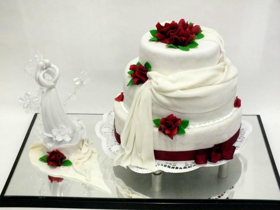 Beispiel: Wunderschöne Torten für Ihre Hochzeitsfeier, Foto: Konditorei Klescher.