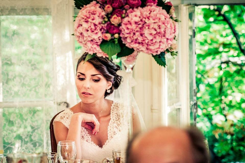 Piękny makijaż ślubny