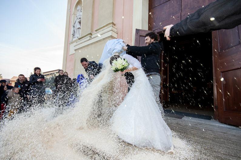 Matrimonio Zola Predosa - Lancio del riso