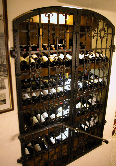 Beispiel: Weinauswahl, Foto: Spezialitäten Restaurant Yachtzimmer.