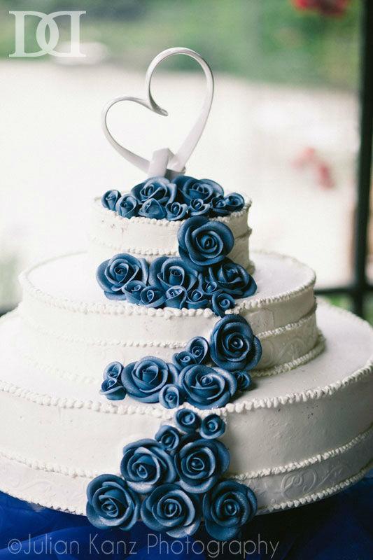 Wedding Cake, se ti piacciono queste Rose, chiedici informazioni.