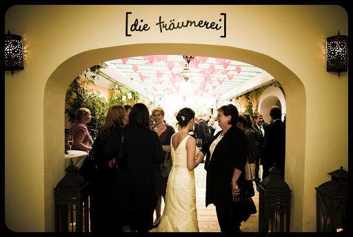 Beispiel: Hochzeitsgesellschaft, Foto: Die Träumerei.