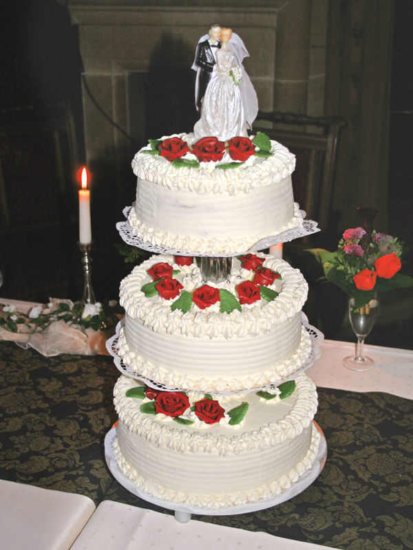 Beispiel: Hochzeitstorte, Foto: Schloss Garvensburg