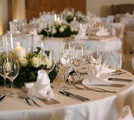 Beispiel: Tischdekoration, Foto: Hofgut Maisenburg.