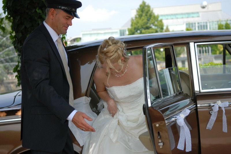 Beispiel: Rolls Royce mit Chauffeur, Foto: Royal Chauffer.