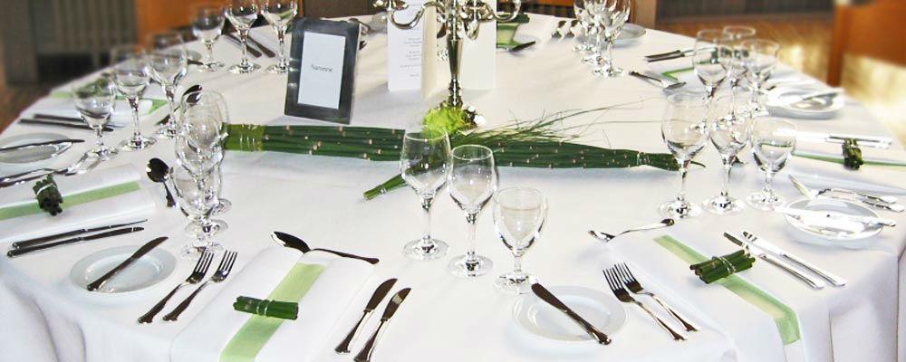 Beispiel: Tischdekoration, Foto: Blumen Naturelle.