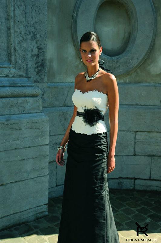 Beispiel: Mode für Bräute mit Stil, Foto: Brautparadies Thun.