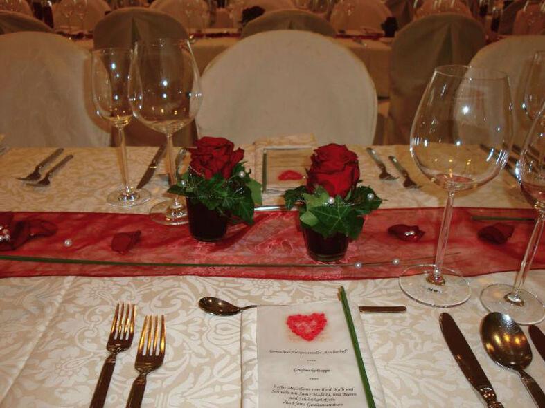 Beispiel: Tischdekoration, Foto: Reschenhof.