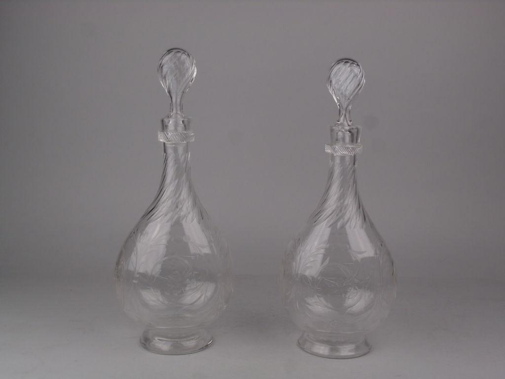 Paire de carafes en cristal anciennes