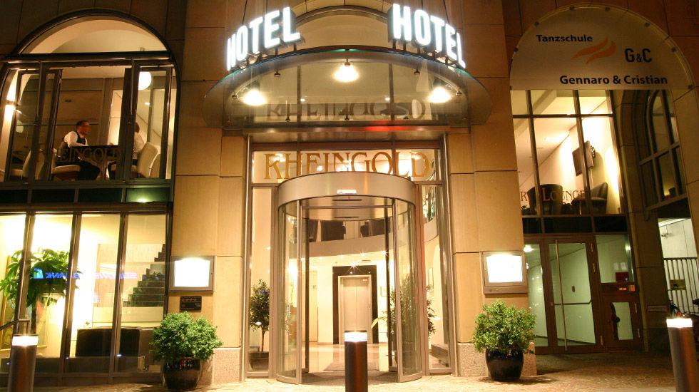Beispiel: Außenansicht - Eingang, Foto: Hotel Rheingold.