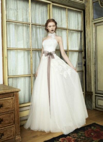 Beispiel: Wunderschöne Brautmode, Foto: Lunardi Cerimonia.