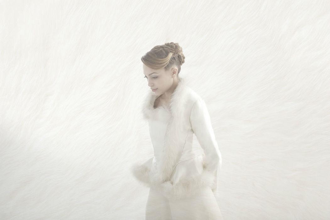 Beaumenay Joannet Paris - robe de mariée hiver, veste bordée de fourrure