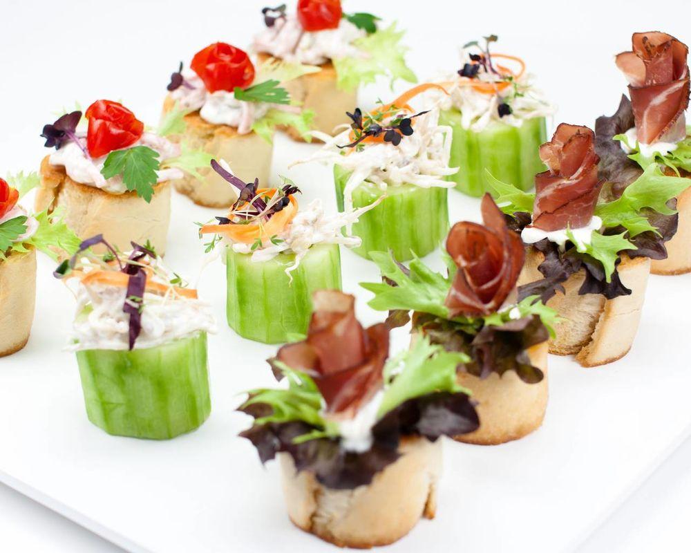 Beispiel: Ihr Cateringservice zur Hochzeit, Foto: Feinkost Fischer.