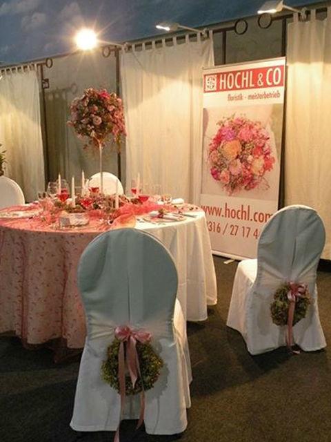 Beispiel: Tischdekoration zur Hochzeit, Foto: Hochl & Co.