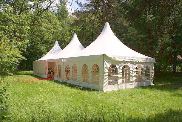 Beispiel: Außenbereich - Zelt, Foto: Waldrestaurant Schiesshaus.