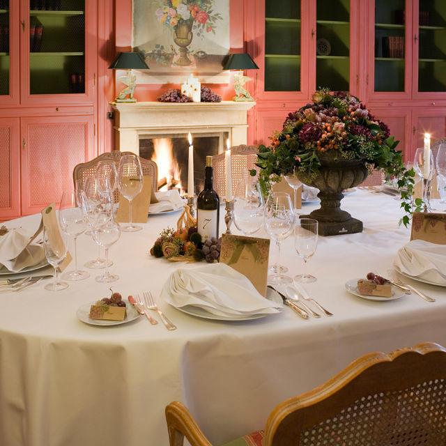 Beispiel: Tischdekoration, Foto: Green Creation StyleStore.