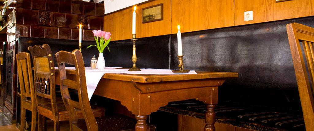 Beispiel: Restaurant, Foto: Waldrestaurant Zähringer Burg.