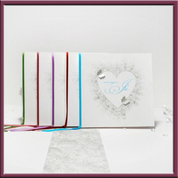 Beispiel: Finden Sie Ihr Wunschdesign, Foto: Adam & Eva Hochzeitskarten.