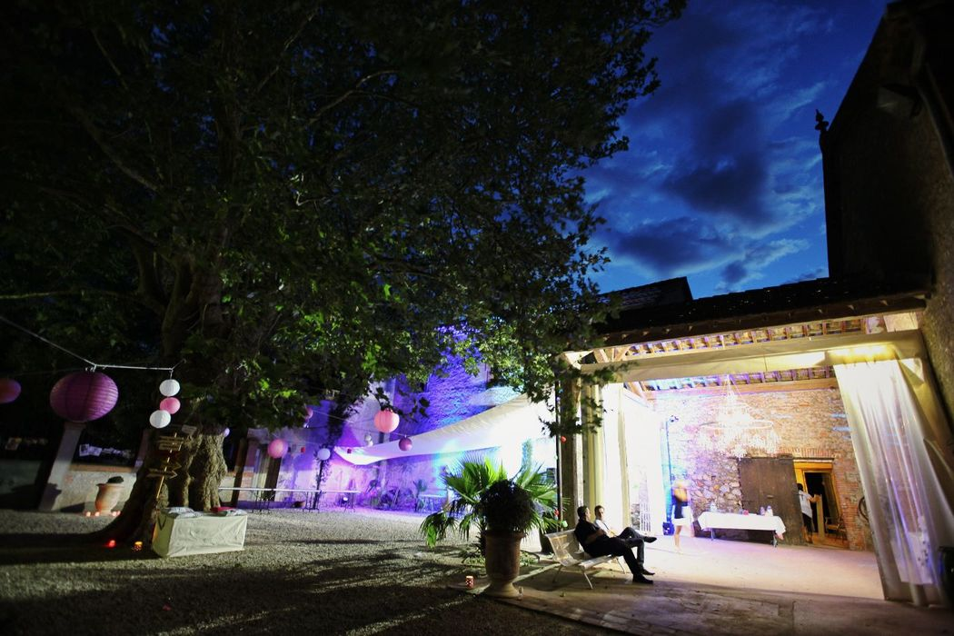 Un peu de calme en fin de soirée, mariage Catalan Events