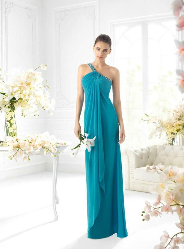 Beispiel: Mode für Hochzeitsgäste, Foto: Brautsalon Flossmann Festmode.
