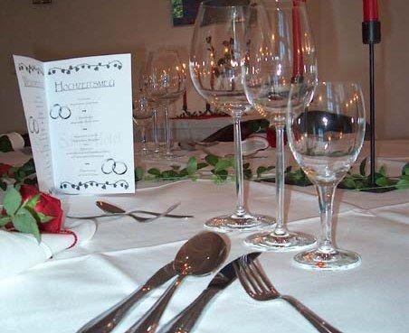 Beispiel: Tischgestaltung, Foto: Schlosshotel Rockenhausen.