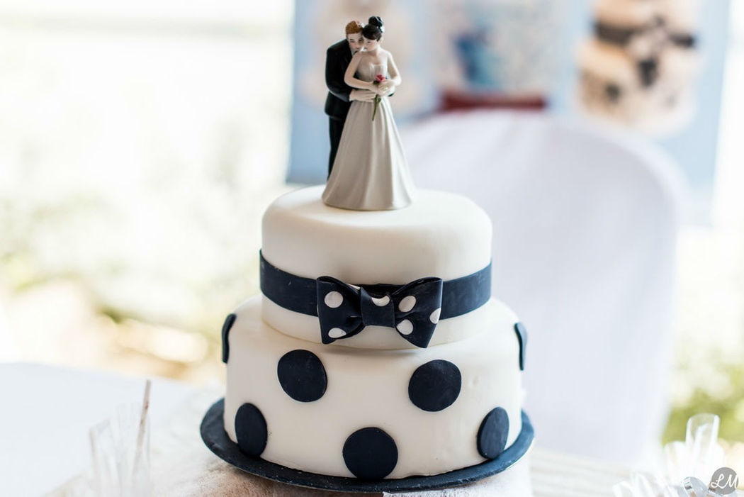 Nans Bakery - Wedding Cake