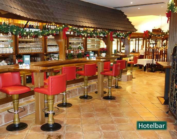 Beispiel: Hotelbar, Foto: Hotel Rheinsberg am See.