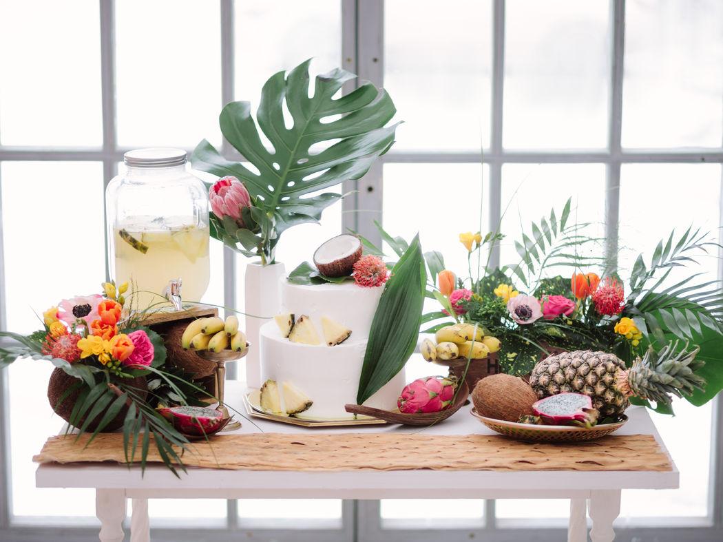 Сладкий стол в тропическом стиле
