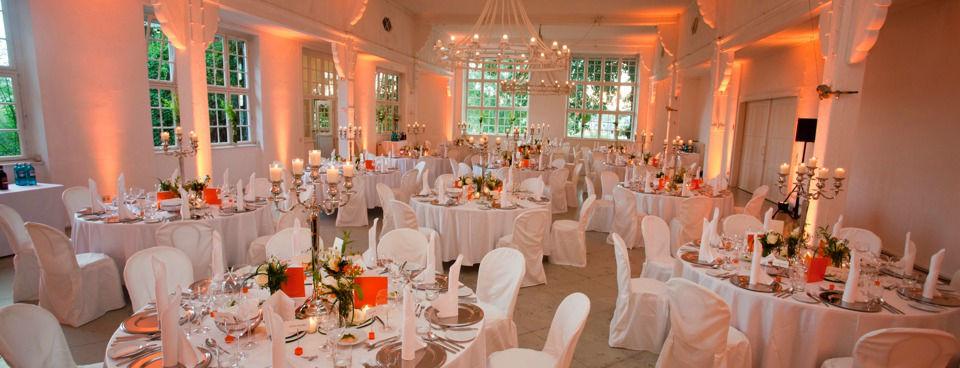 Beispiel: Hochzeitsbankett, Foto: Villa am Jachthafen.