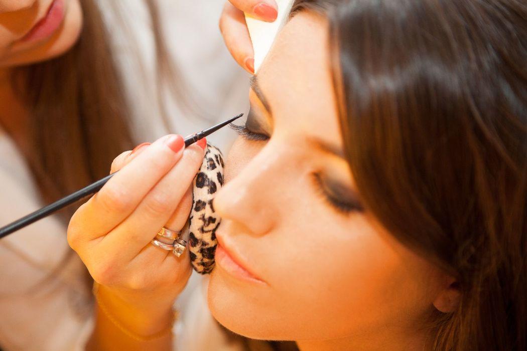 Maquillaje y peluquería para primer portada internacional de Lovely Pepa.