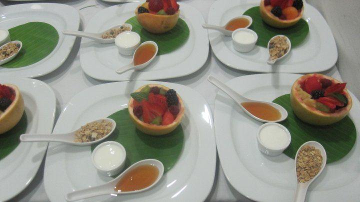 Creatividad y vanguardia en la ejecución de platillos para banquete de boda - Foto Dinara Banquetes