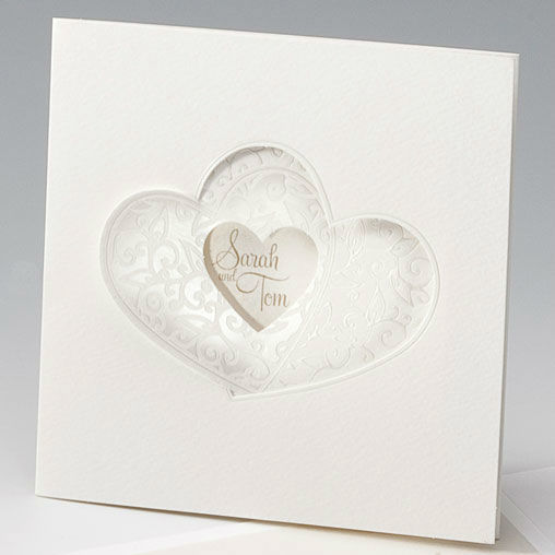 Beispiel: Hochzeitseinladung - verbundene Herzen, Foto: Whitestore.at.