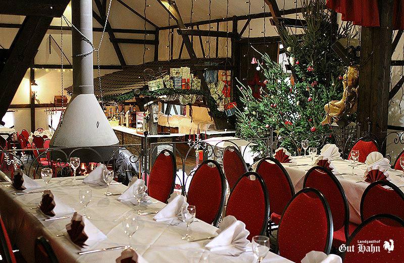 Beispiel: Hochzeitstafel, Foto: Landgasthof Gut Hahn.