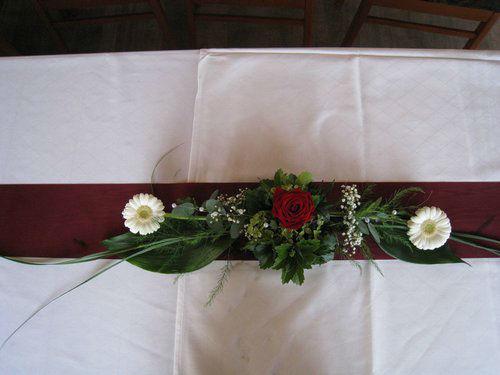 Beispiel: Hochzeitsfloristik mit dem gewissen Etwas, Foto: Blumenstüberl Helmut Frick.
