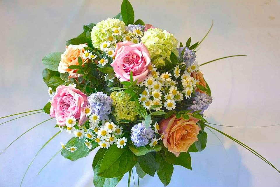 Beispiel: Wunderschöne Sträuße, Foto: Le langage des fleurs.