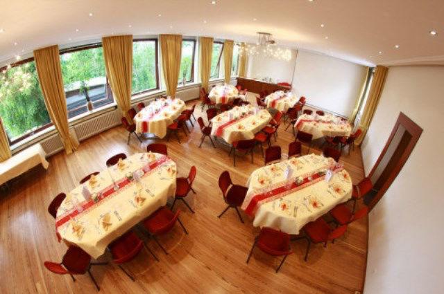 Beispiel: Staufersaal, Foto: Schlosshotel Molkenkur.