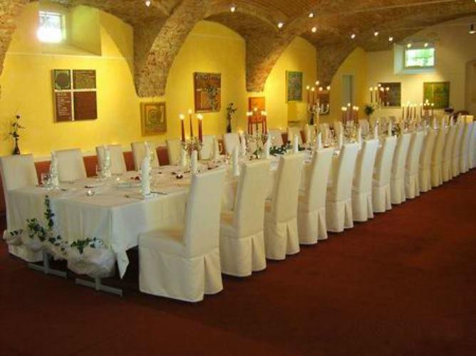 Beispiel: Hochzeitstafel, Foto: Schloss Gamlitz.