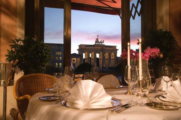 Beispiel: Erstklassige Lage, Foto: Hotel Adlon Kempinski.