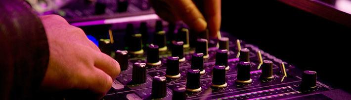 Beispiel: Hochzeits- und Event DJ, Foto: DJ Soundmaster.
