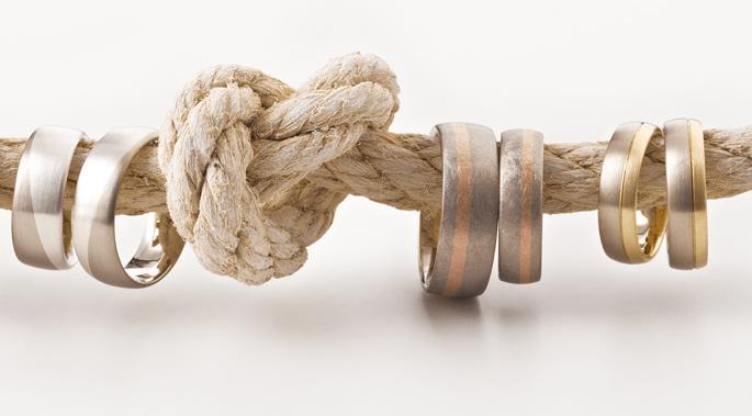 Beispiel: Trauringe (Farbmöglichkeiten), Foto: Thomas Becker Atelier für Schmuck.