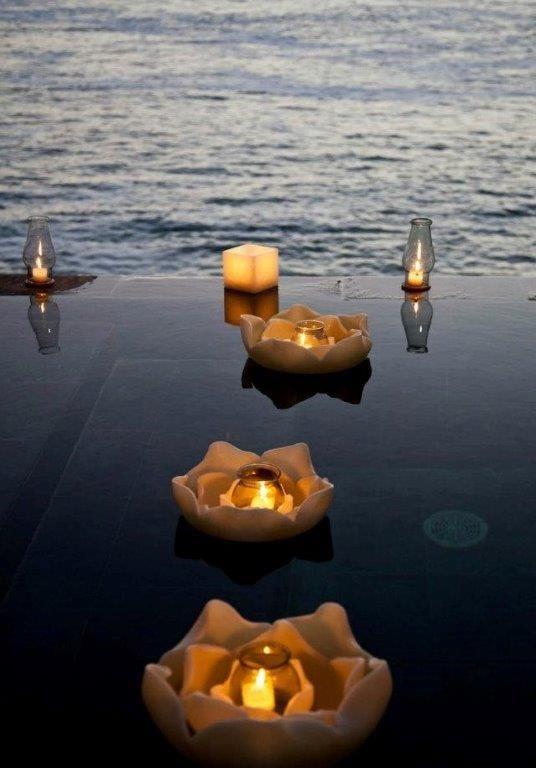 Decoración  en velas para piscinas