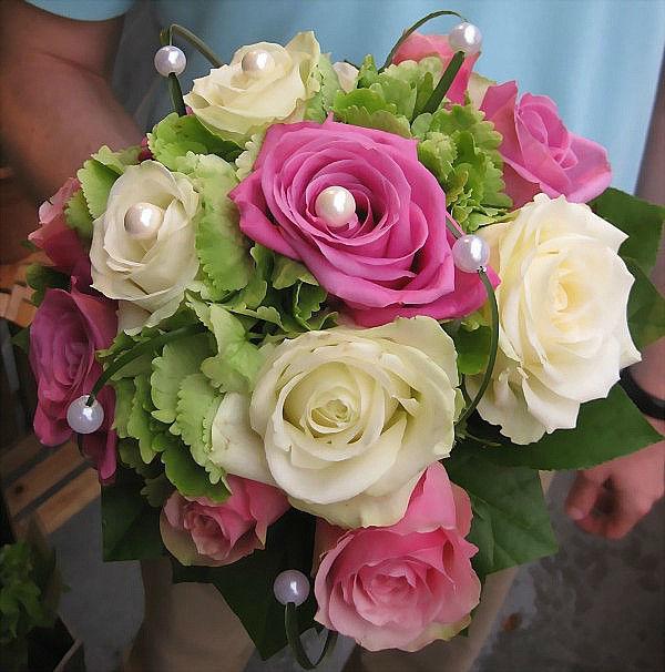 Beispiel: Brautsträuße, Foto: Blumen-Heller.