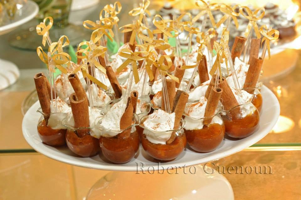 Vlady Dassa Doces Finos vasinho de banana caramelada com merengue