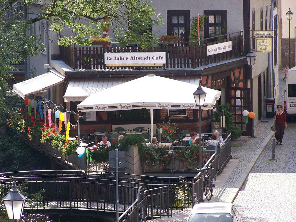Beispiel: Außenansicht - Terrasse, Foto: Altstadt Cafe.