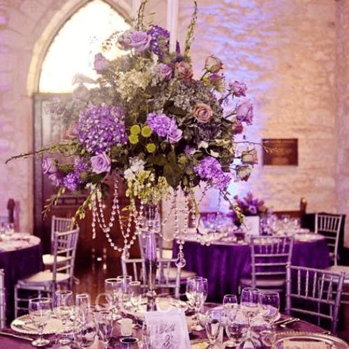 Los Centros de mesa altos le darán elegancia y estilo a tu evento.