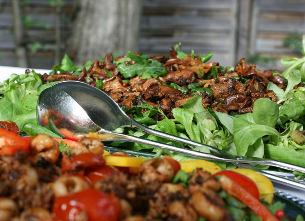 Beispiel: Gegrilltes Fleisch, Foto: GLAD Catering&more.