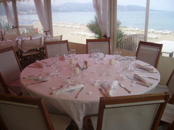 Mahi Restaurant Table ronde de mariage