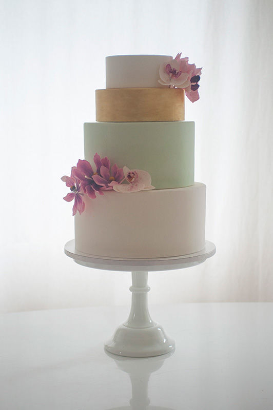 Wedding Cake Fondant mit Zuckerblumen | Foto: Die Zuckerbäckerin