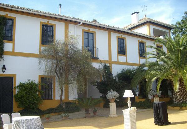 La Hacienda Santa Rosa